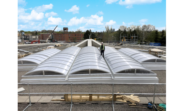 Large vertical end barrel vault Skylight