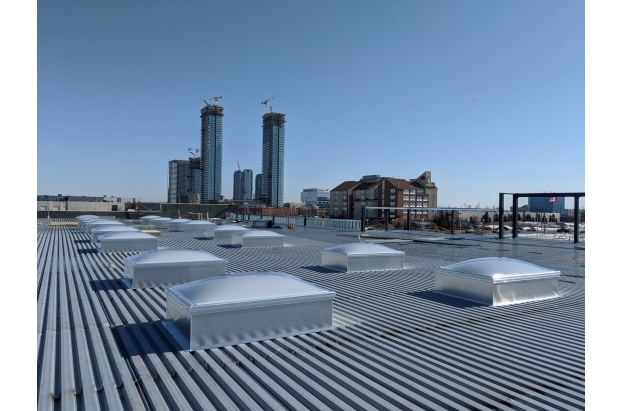 Flat Roof Commercial Acrylic Dome Skylights With Aluminum Curbs